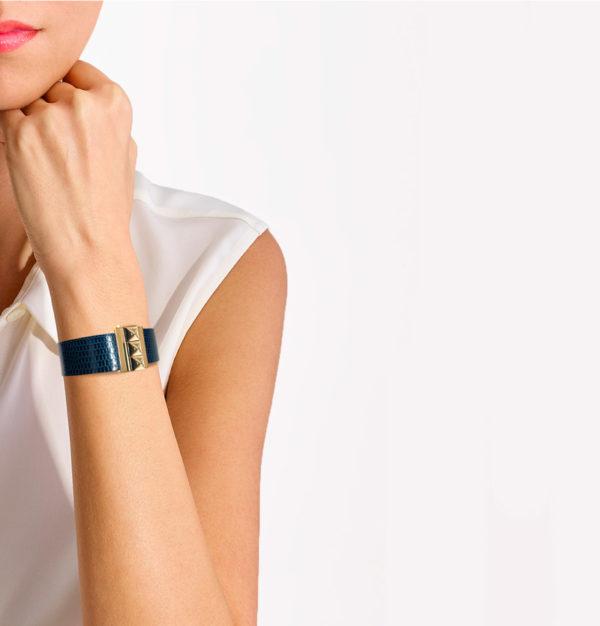 Bracelet femme en lézard bleu nuit, personnalisable.