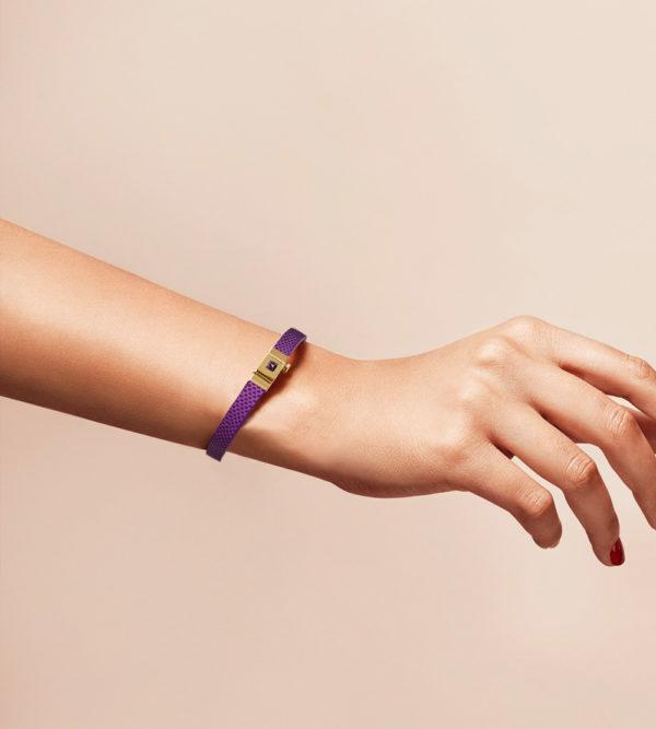 Bracelet personnalisable en cuir violet, simple tour.