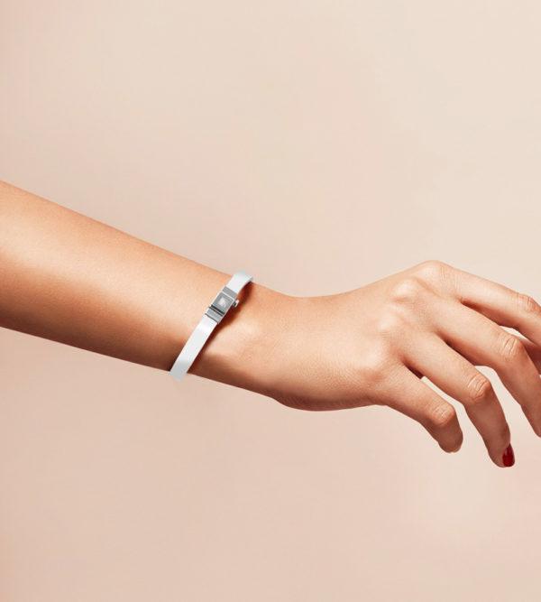 Bracelet cuir glossy blanc, simple tour. Personnalisable.